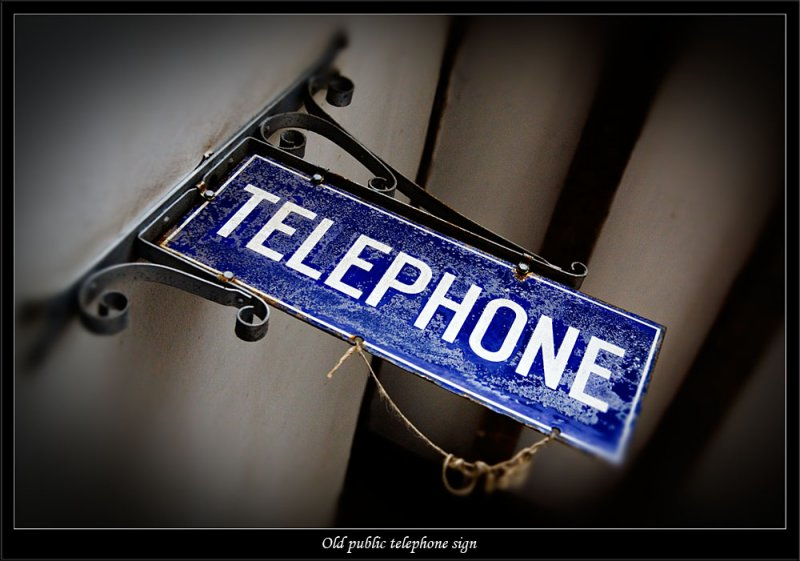 Sign used to show location of public telephones (81268095).jpg