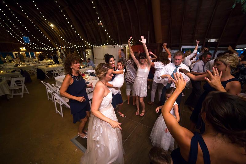 Garrett & Lisa Wedding (806).jpg
