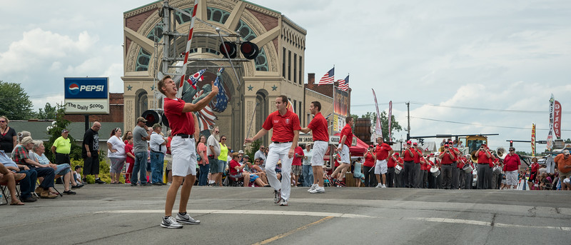 A pause in the parade gave the DMs a chance to entertain