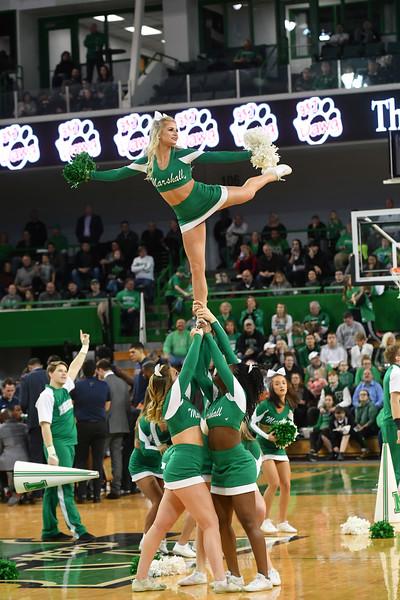 cheerleaders0700.jpg