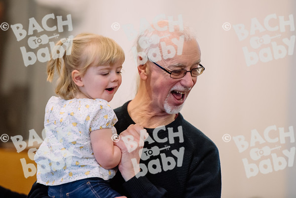 © Bach to Baby 2018_Alejandro Tamagno_Wanstead_2018-04-10 014.jpg