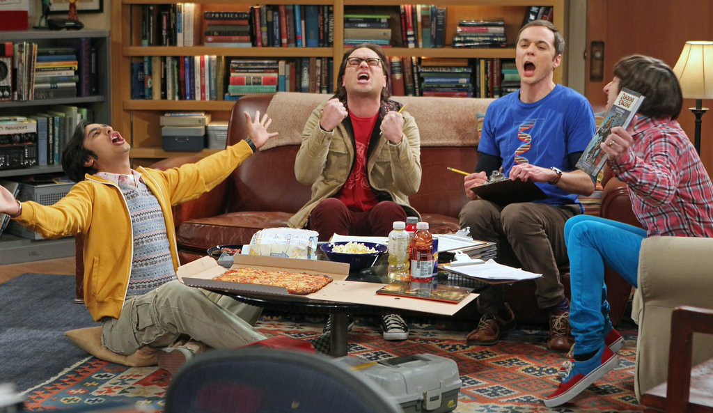 ". 8. �BIG BANG THEORY� <p>Proof that you don�t have to be a star athlete, or even remotely athletic, to hold out for more money. (unranked) </p><p><b><a href=""http://www.deadline.com/2014/07/big-bang-theory-production-pushed-over-cast-contract-negotiations/\"" target=\""_blank\""> LINK </a></b> </p><p>    (AP Photo/CBS, Monty Brinton)</p>"