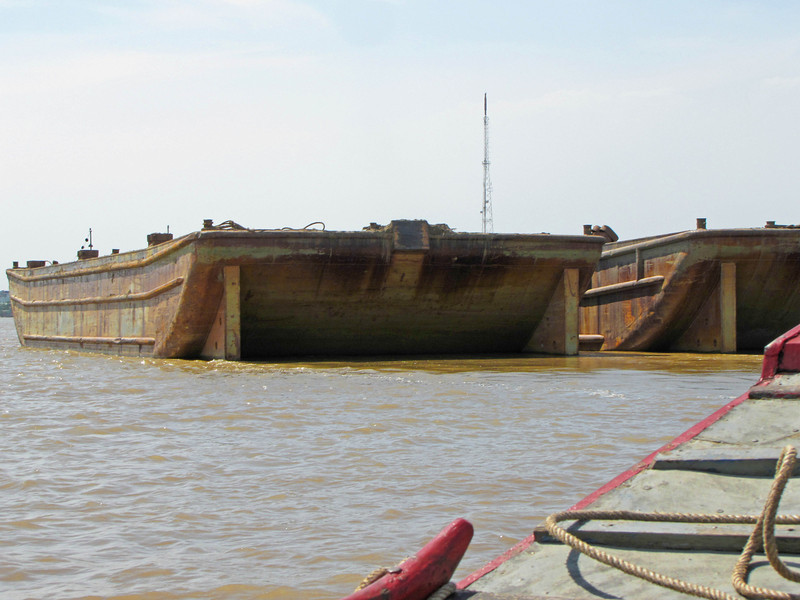 54-Empty barges ride high