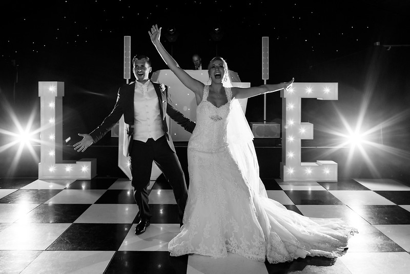 wedding-photographer-first-dance-greenwoods-essex-(57).jpg
