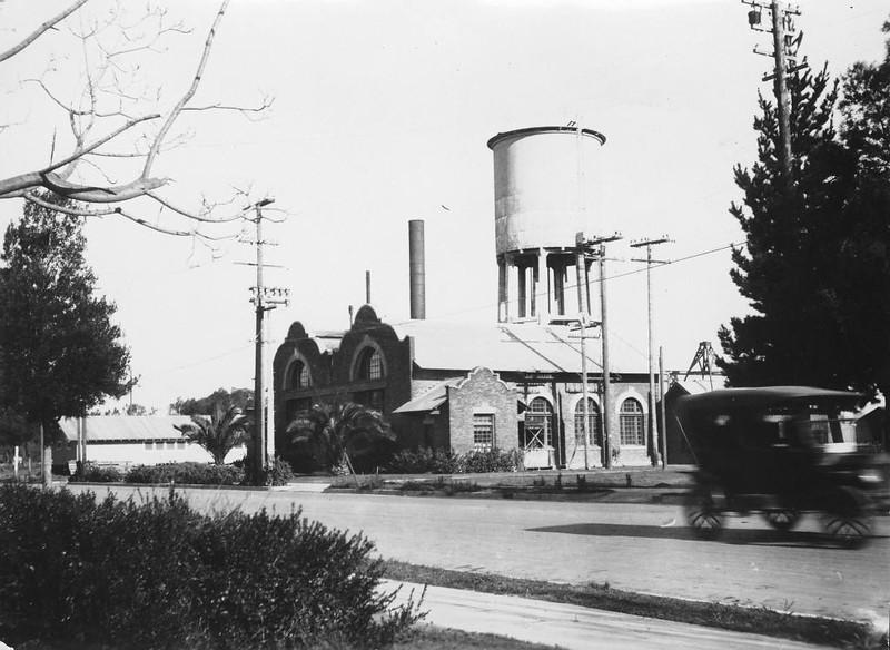 Anaheim-MunicipalLight&WaterWorks-1908.jpg