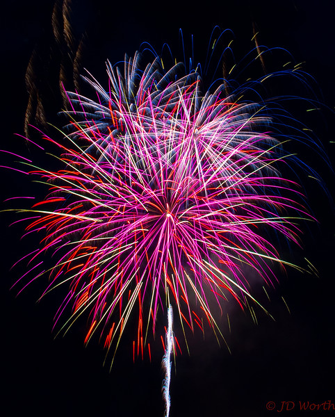 070417 Luray VA Downtown Fireworks - Rainbow Pom Pom-0877.jpg