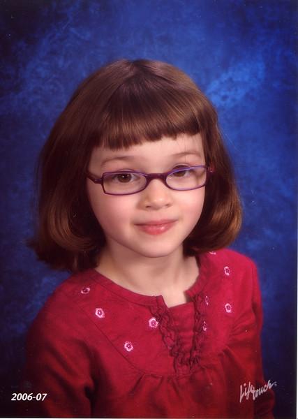 2006-10-00 GinaKindergarten.jpg