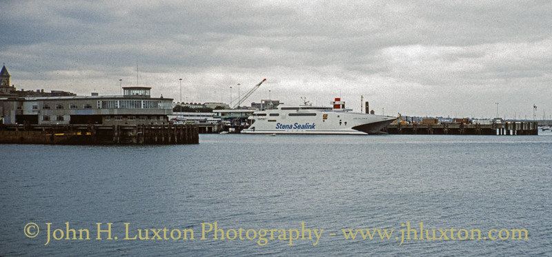 STENA SEA LYNX II at Dún Laoghaire - August 1994