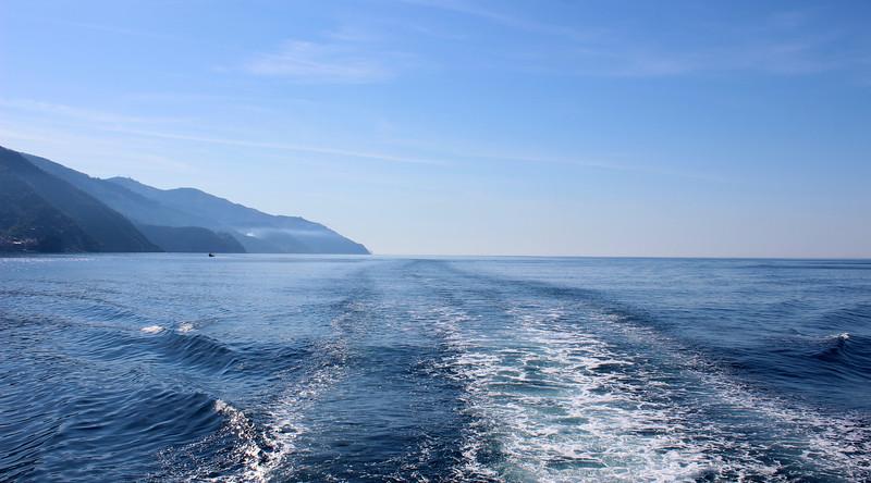 Italy-Cinque-Terre-Monterosso-Al-Mare-03.JPG