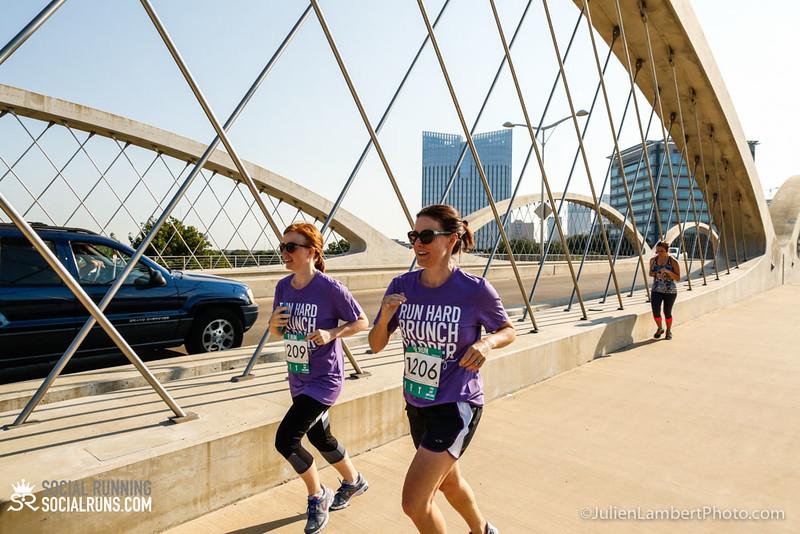 Fort Worth-Social Running_917-0609.jpg