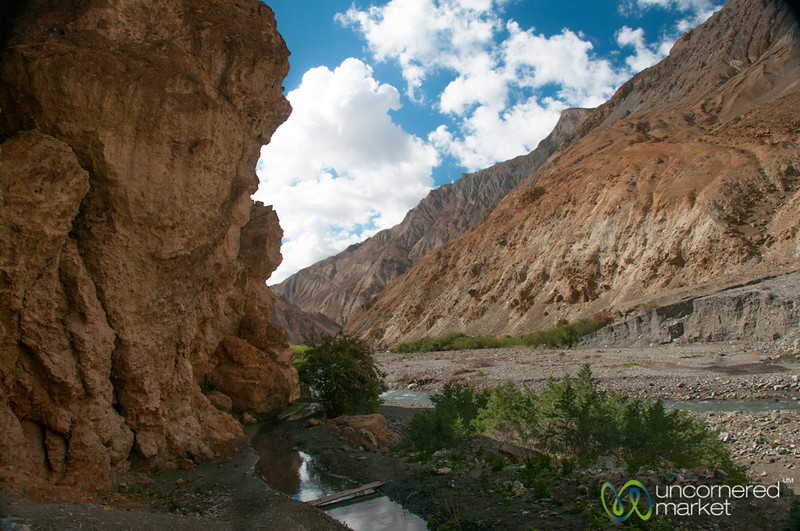 Trekking Through Red Rocks - Markha Valley Trek, Ladakh