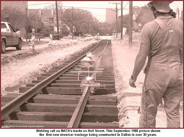 STREETCAR-MTA-DALLAS-new-track-1988.jpg
