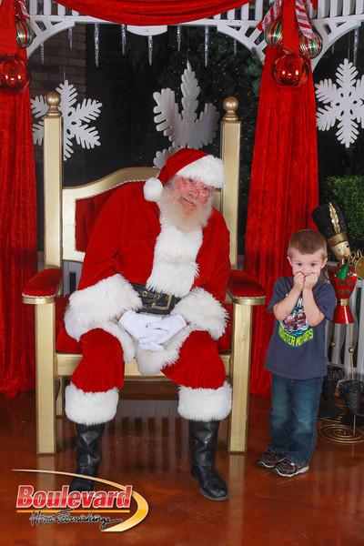 Santa 12-10-16-324.jpg