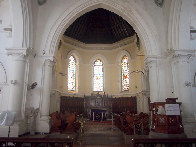 P2188763-all-saints-church-interior.JPG