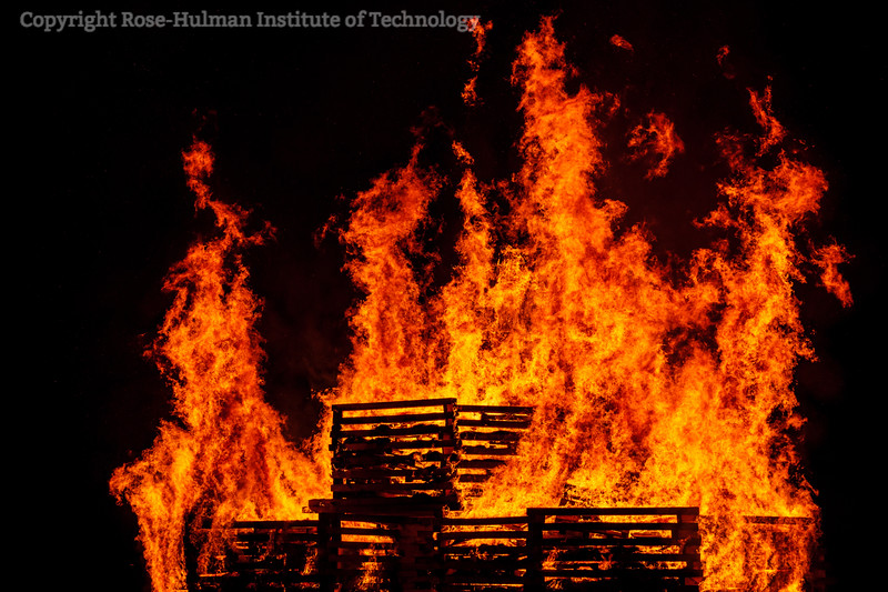 RHIT_Homecoming_2019_Bonfire-7387.jpg