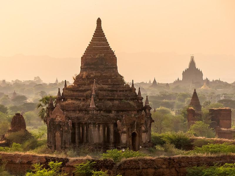Myanmar Bagan Temples_P1170744.jpg