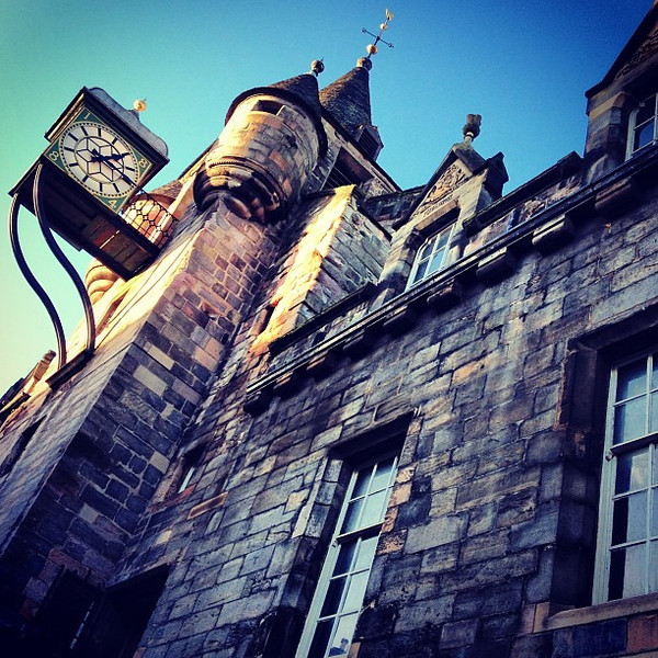 Chime & Stone: Canongate Clock, Old Tolbooth #Edinburgh #blogmanay