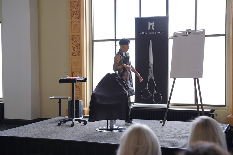 Hattori Hanzo Shears Session-04682.jpg