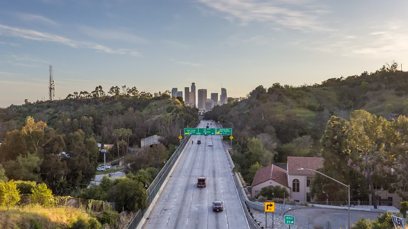 los_angeles_110_overlook_1_h264-420_1080p_29.97_HQ.mp4