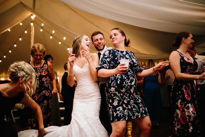 skylar_and_corey_tyoga_country_club_wedding_image-1017.jpg