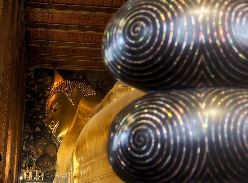 buddha toes.jpg