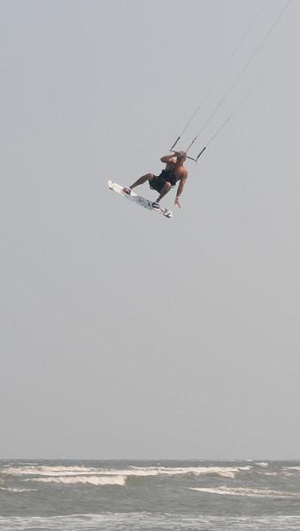 Kiteboarding_8.jpg