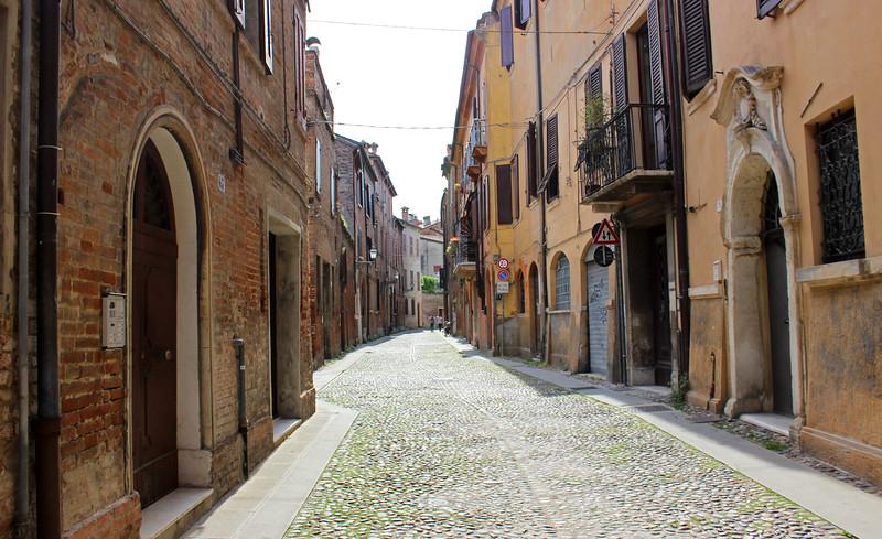 Italy-Ferrara-07.JPG