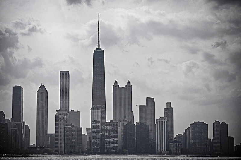 The Skinny on Chicagos Skyline 2005.jpg