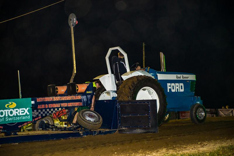 Tractor Pulling 2015-01814.jpg