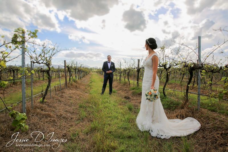 Wedding photo - crowne hunter valley - jessie d images 1.jpg