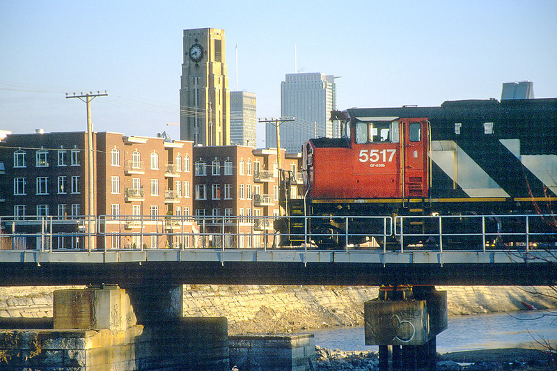 CN SD60F 5517 crossing the Canal de Lachine westbound.