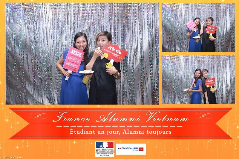 France-Alumni-Vietnam-photobooth-at-Franch-Embassy-Vietnam-photobooth-hanoi-in-hinh-lay-ngay-Su-kien-Lanh-su-quan-Phap-WefieBox-photobooth-vietnam-052.jpg
