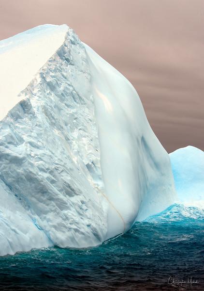 091203_iceberg_6960r.jpg