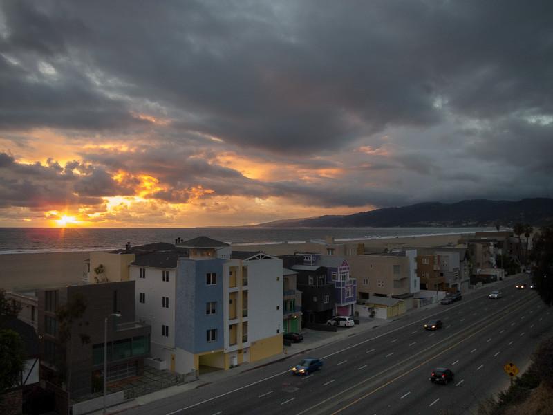 feb 8 - Storm clouds.jpg