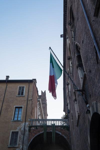 Verona_Italy_VDay_160213_12.jpg