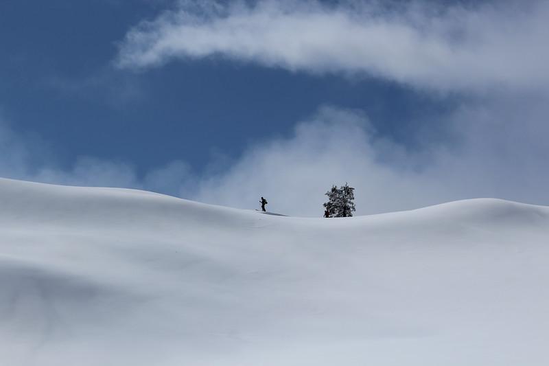 2015 5 15  Huntoon, one skier, minimal, snow, good IMG_1326.jpg
