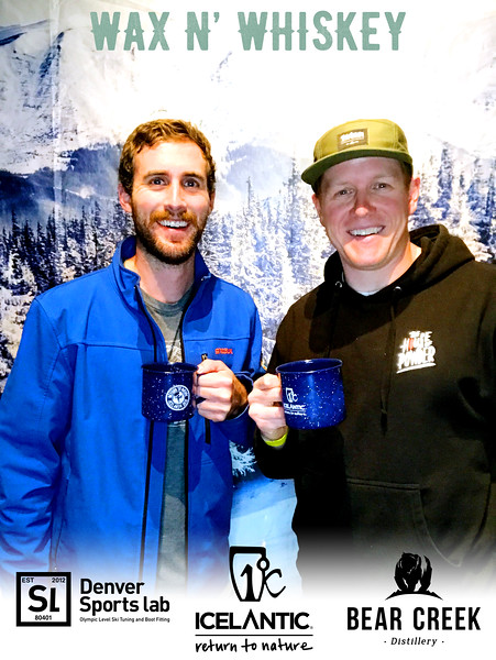 Wax_N_Whiskey_at_IcelanticSkis155.jpg