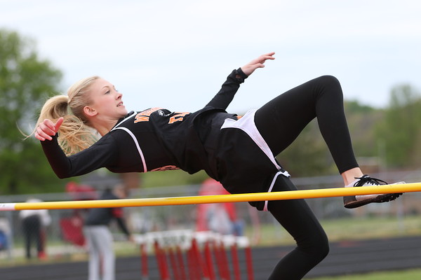 07a Track:  South Webster Invitational:  Field Events 2017