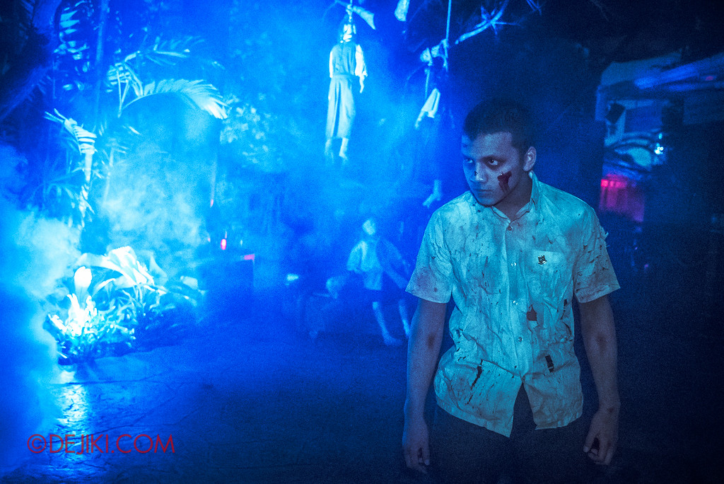 Halloween Horror Nights 6 Final Weekend - Suicide Forest / Student Corner MDR blue