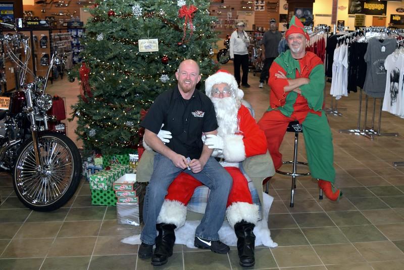 2014 Santa Visits J&P Cycles Florida Superstore (45).JPG