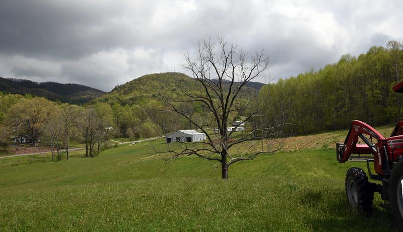 Greeneville Tenn Presley Farm April 2016_14.jpg