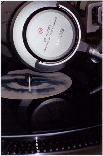 headphones.jpg