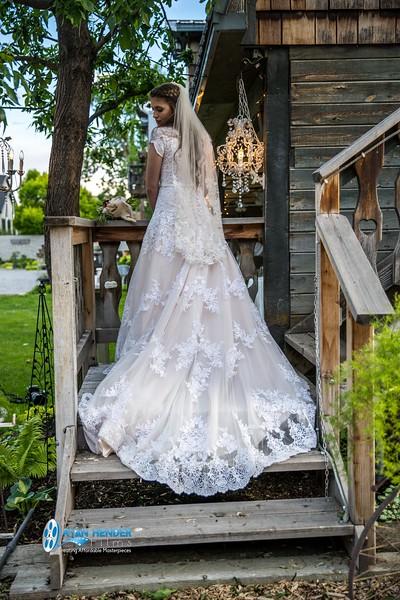 barbwire and lace bridal photo shoot brooklyn -127.jpg