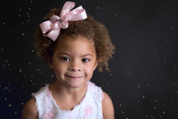 Ashlynn Glitter Mini