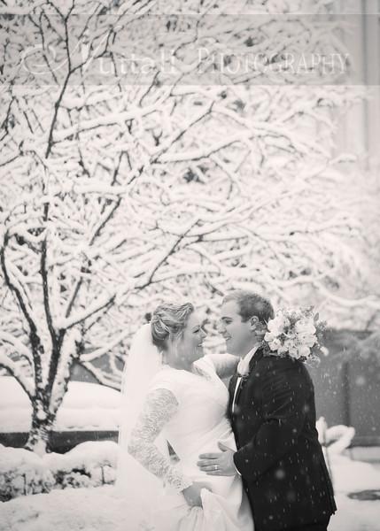 Lester Wedding 069bw.jpg