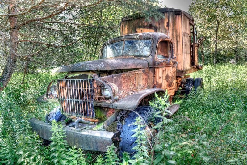 Vintage Truck Crane     Berlin, NY   #728