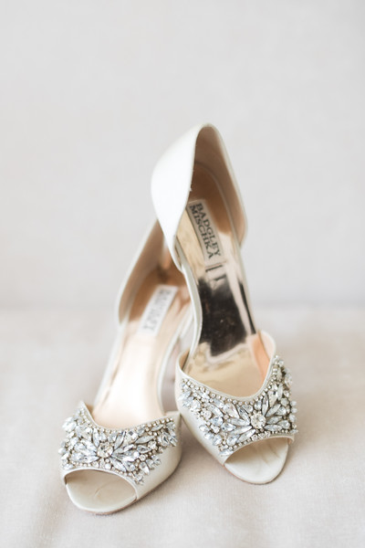 TN-wedding-shoes-crescent-bend (53 of 56).jpg