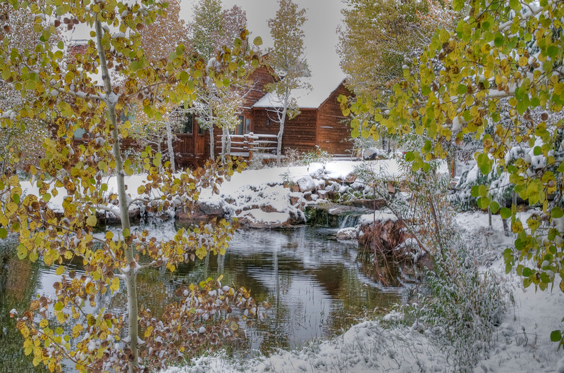 Early snowfall at Spring creek ranch.  This resort area has cabins instead or rooms.  Very nice and great views.