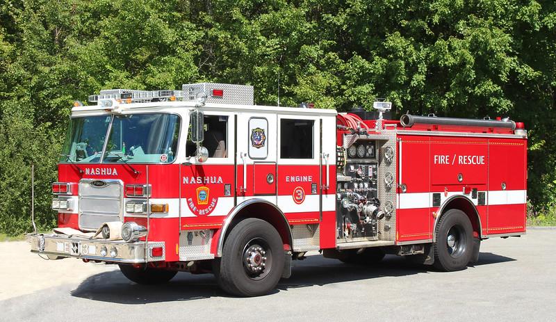Engine 3   2009 Pierce Arrow XT   1250 / 750 Black Rims