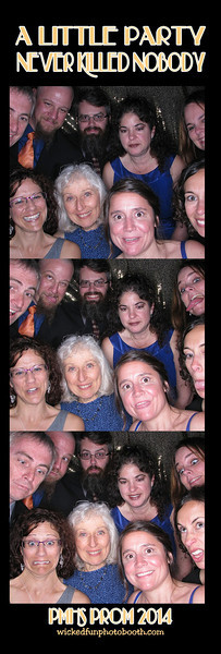 5-24-The Oaks-Photo Booth
